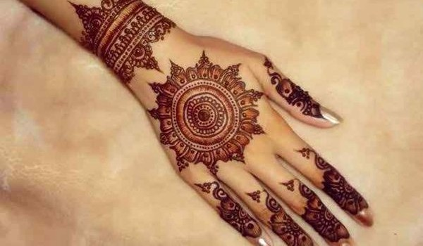 13 stunning henna tattoos around the world writtenloud. Black Bedroom Furniture Sets. Home Design Ideas